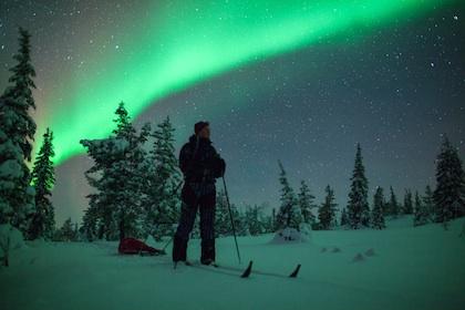 Aurora_skiing_6119