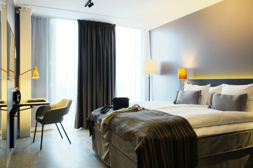 scandic-continental-room-standard-498x332.jpg.pagespeed.ic.6rfjo1Dtnb